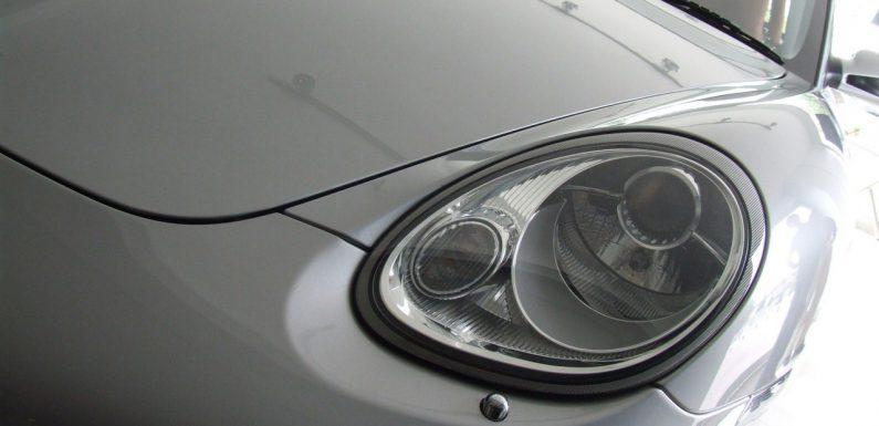 Dlaczego niektóre części samochodowe są tak drogie?